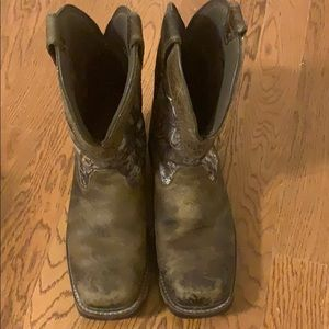 Ariat insulated work boots